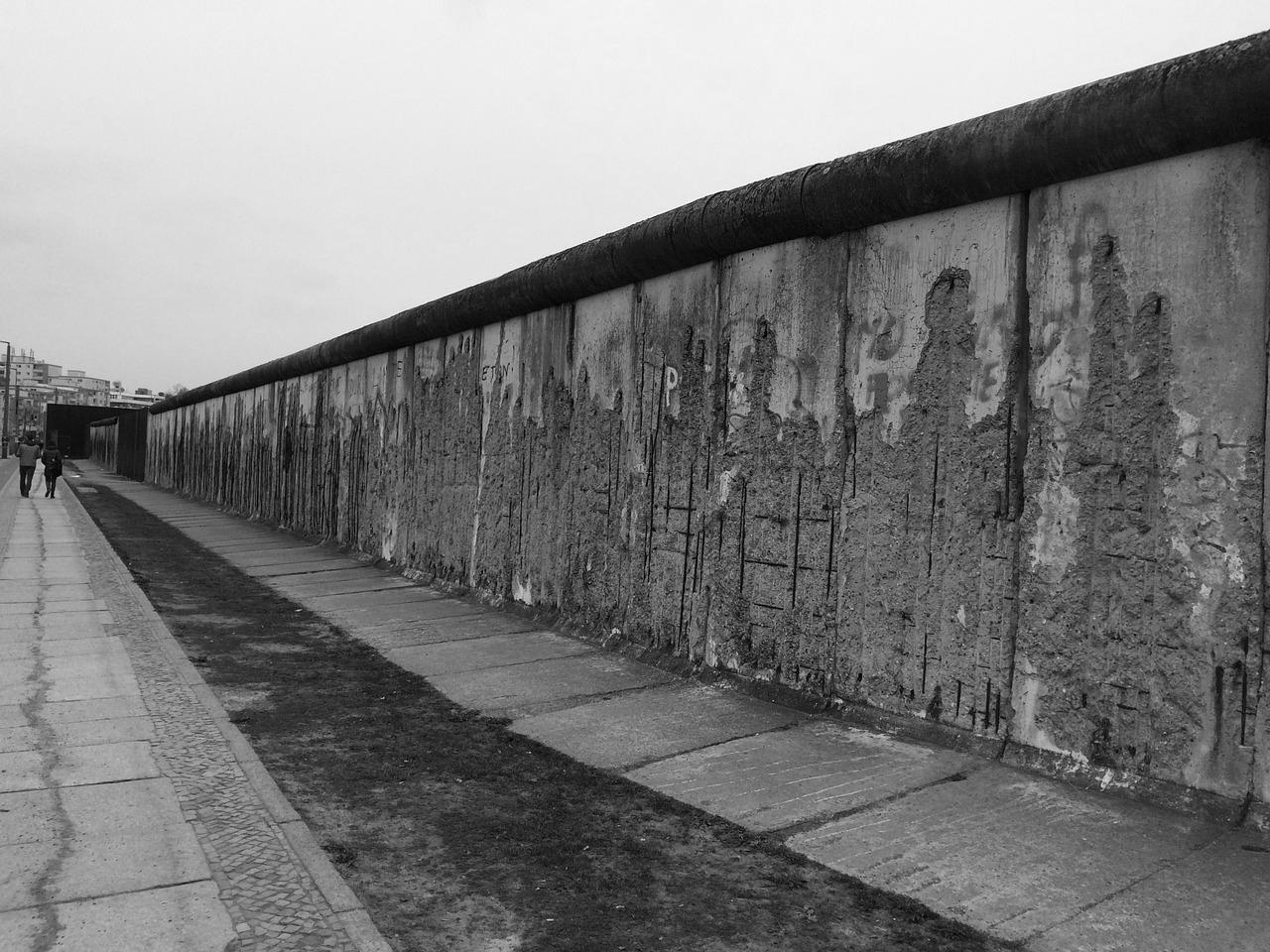 Infographic / Text: Innerdeutsche Grenze / The GDR's border in Numbers