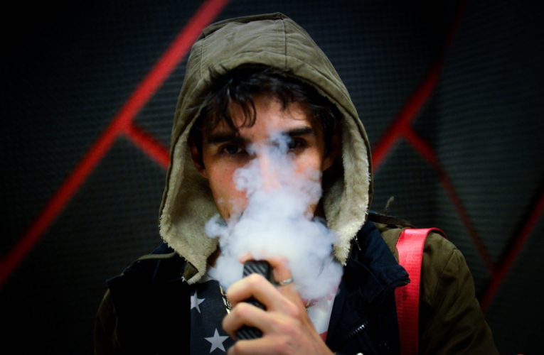 Vaping has Killed almost 50 People in the U.S. – Young People are especially at Risk